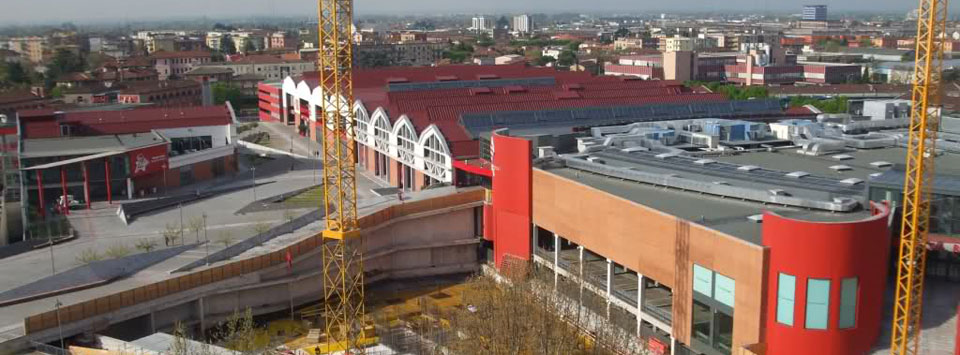 Elegant Centro Commerciale Frecciarossa Di Brescia